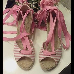 Top Moda pink stripe wedge sandals size 5 1/2